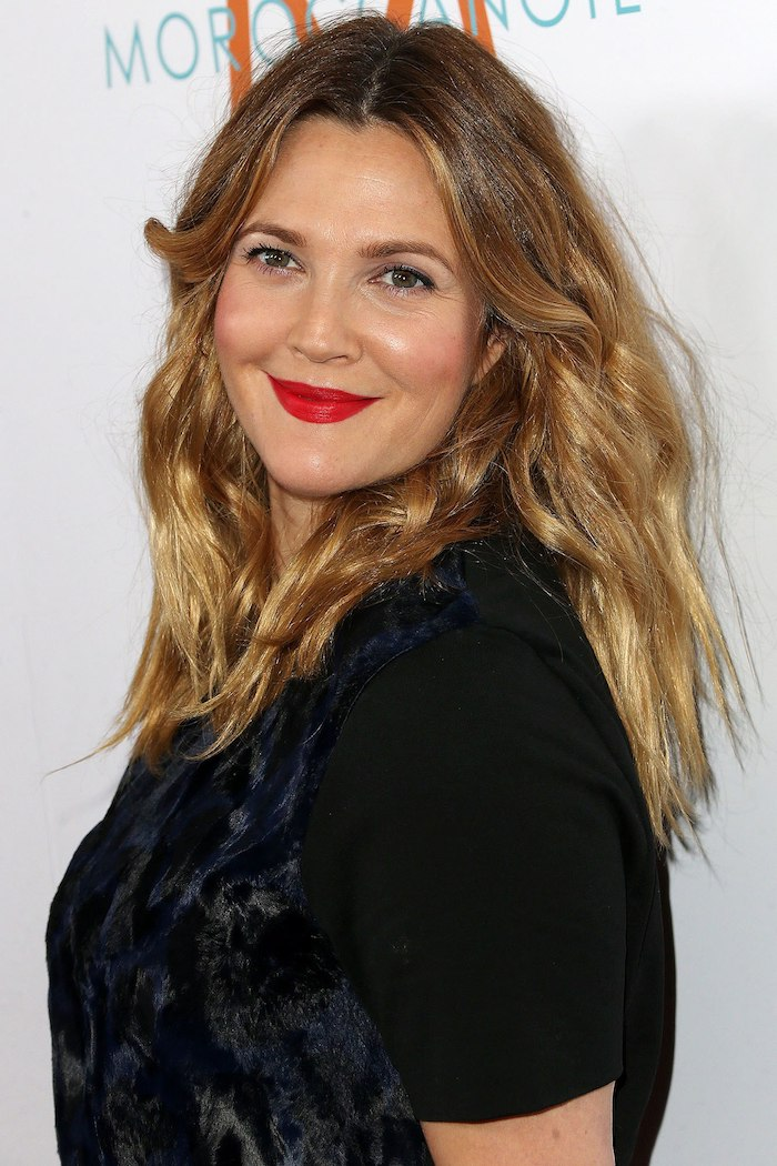 10 Beauty Products We Re Ing Right Now Thanks To Drew Barrymore